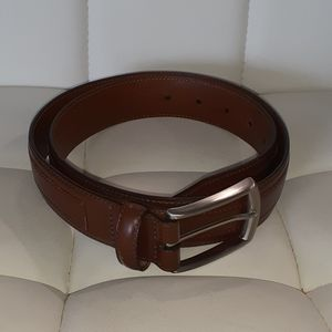 Johnson & Murphy brown leather belt size 32